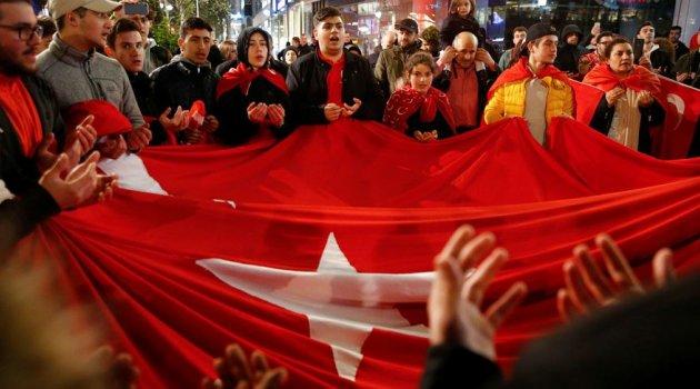 Skandal cıkış Belçika'da 'Evetçi Türklerin çifte vatandaşlığı iptal edilsin' çağrısı