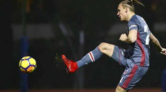 Beşiktaş'ta Şenol Güneş'ten Domagoj Vida'nın gidişine onay çıktı
