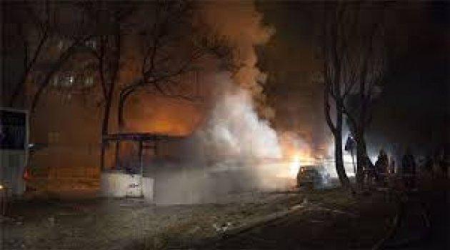 Diyarbakır'da bombalı saldırı çok sayıda yaralı var