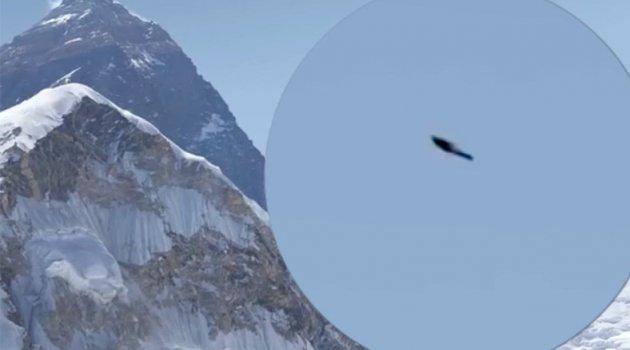 Everest Dağı'nın Uçak ve Helikopterlerin Uçamadığı Bir Bölgesinde UFO Gözlemlendi!