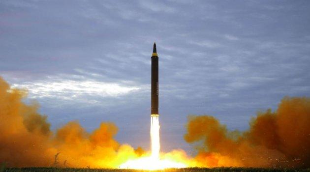Güney Kore'den Kuzey Kore'ye Yeni 'Canavar Füzeler' ile Gözdağı