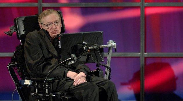 Hawking uyardı: Dünyayı terk edin!