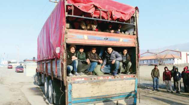 İstanbul doldu Suriyeli göçü donduruldu