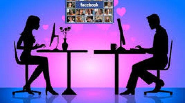 Karısını Facebook'ta başka erkeklerle görünce...