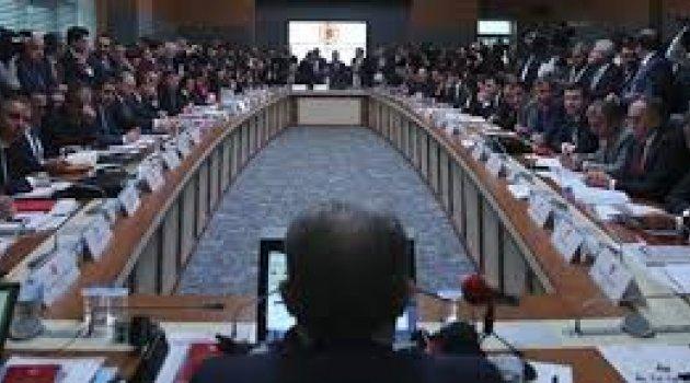 Anayasa değişiklik teklifi komisyonda kabul edildi