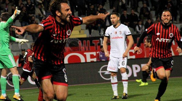 Gençlerbirliği-Beşiktaş'ı 2-1 yendi