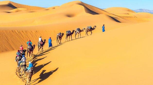 Kadınların değil erkeklerin peçe taktığı Müslüman kabile Tuaregler