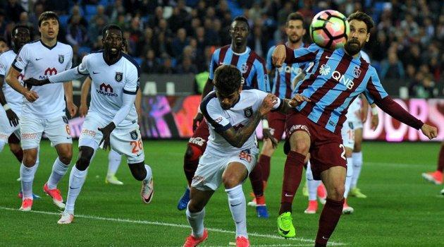 Trabzon'da Beşiktaş'ın şampiyonluğu müjdelendi!Trabzonspor 0-0 Başakşehir