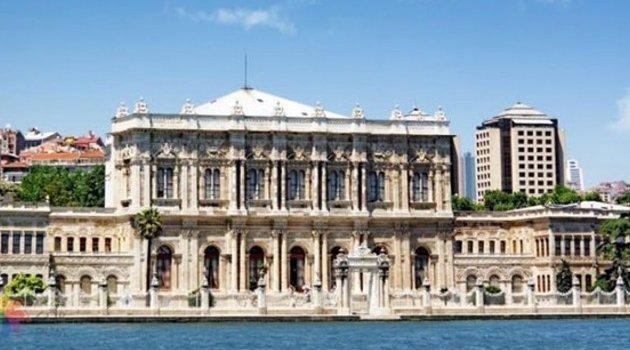 Yılmaz Özdil: Atatürk olmasaydı oturduğunuz Dolmabahçe Sarayı'nda faytoncu bile olamazdınız