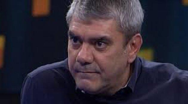 Ölümünden 15 yıl sonra bir kadın tarafından yanağı okşanan adam...