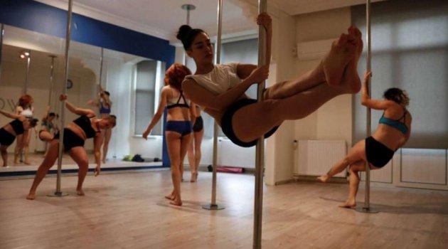 Reuters'tan şaşırtan haber: Türk kadını özgürlüğü direk dansında buldu