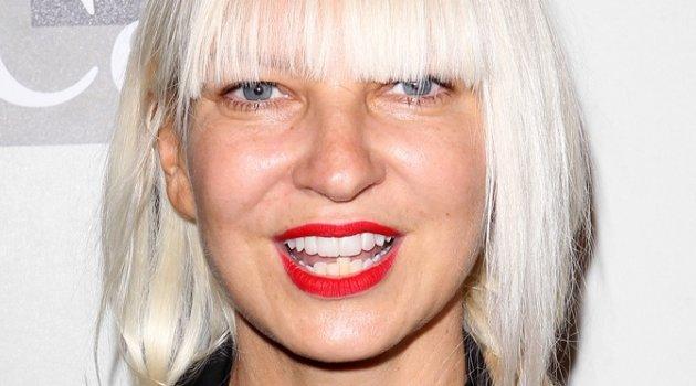Sia, şantajcıya kızdı; çıplak fotoğrafını paylaştı