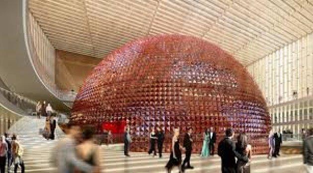 Sizden opera binası isteyen oldu mu?