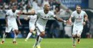 Beşiktaş Dinamo Kiev 1-1  berabere kaldı