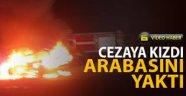 Karabük'te kesilen cezaya kızan sürücü otomobilini yaktı! O anlar güvenlik kamerasına yansıdı