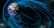 Dünya'nın Manyetik Alanı Düzensiz İlerliyor