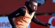 Burak Yılmaz sahaya çıkıyor Beşiktaş Akhisar'da takılmak istemiyor