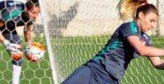 A Milli Kadın Futbol Takımı Antalya'da kampa girdi