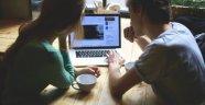 Eşinizi sosyal medyada kontrol ediyor musunuz?