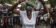 Güney Afrika'da 16 kadın öğrenciye bakire oldukları için burs verildi