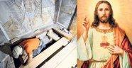 Hz. İsa'nın mezarı 500 yıl sonra açıldı