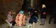 Ayvacık'ta depremin ardından okullar tatil edildi! Vatandaşlar geceyi sokakta geçirdi