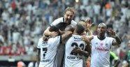 Beşiktaş kazandı ama... Hayal kırıklığı!