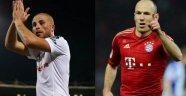 Beşiktaş'ta çıkan oyuncu Gökhan Töre, giren oyuncu Robben!