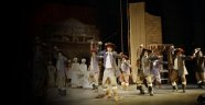 Devlet Tiyatroları'nda artık 'yabancı oyunlar' sahnelenmeyecek