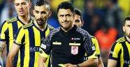 """Fenerbahçe'de isyan! """"Üç penaltı, bir kırmızı kart!"""""""