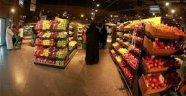 Katar'da Türk ürünlerinin önünde yoğunluk