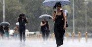 Meteoroloji Uyardı: İstanbul'da Öğle Saatlerinde Sağanak ve Gök Gürültülü Yağış Bekleniyor