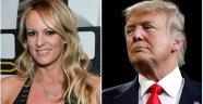 Porno yıldızı Trump'un yatak sırlarını anlattı