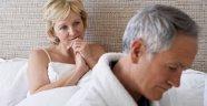 Yaşlılıkta seks kadına iyi geliyor, erkeğe ise..