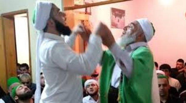Tarikat ve cemaatler Kuran'a da dine de aykırı