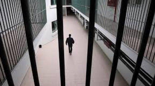 Tecavüz hükümlüsüne cezaevinde tecavüz iddiası...