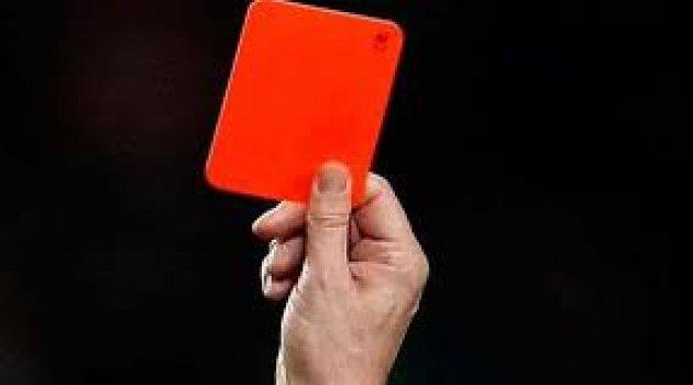 Tolgay Arslan tünelde kırmızı kart gördü