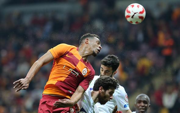 Finalist Akhisarspor Lider Galatasaray'ı 2-0 yendi