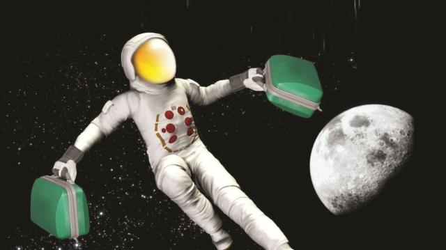 İlk Uzay Turistleri Neden Ay'da Yürümeyecek ?
