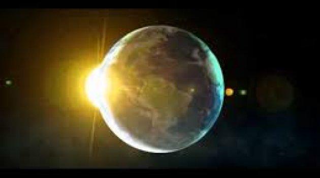 'UFO'nun gökyüzü dansı' izlenme rekoru kırıyor