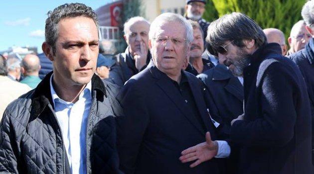 Vedat Olcay'ın cenaze törenine katılan Aziz Yıldırım ve Ali Koç...